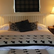 Ardechive by Loch Arkaig - Cottage Master Bedroom