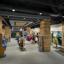Columbia clothing store locator