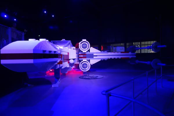 possibly the biggest x-wing model?!
