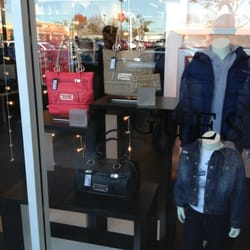 · reviews of Woodburn Premium Outlets