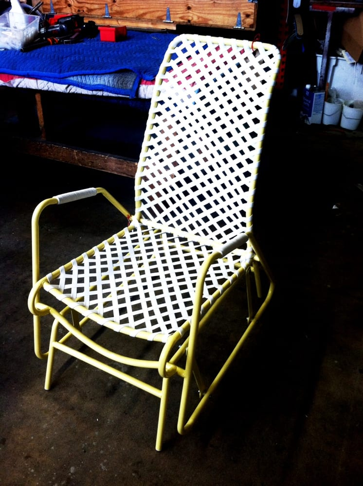 Mankala teak sunbrella cushion with java frame steven for Brown jordan tamiami chaise
