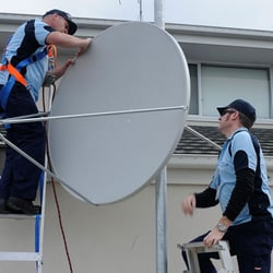KANEL TECHNICIANS CAN INSTALL ANY DISH ANY WHERE