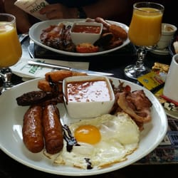 De Danú - Toulouse, France. Le full irish brunch!