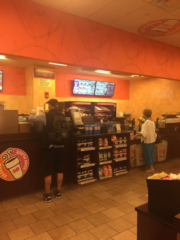 Windsor Locks (CT) United States  City new picture : Dunkin' Donuts Windsor Locks, CT, United States. Fueling before take ...