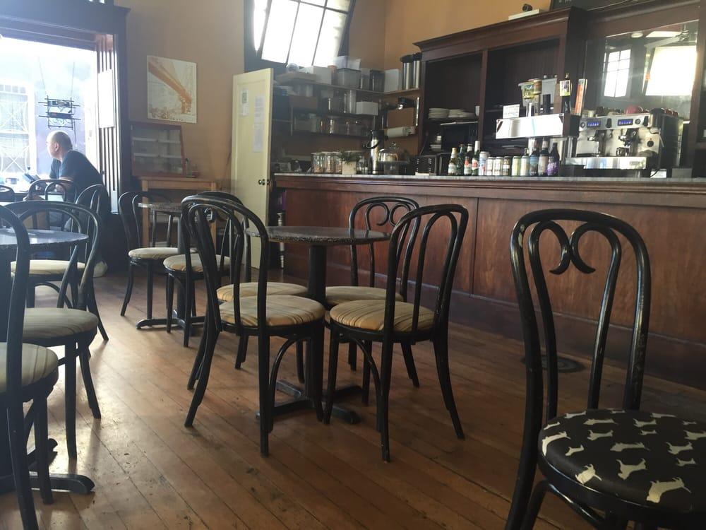 Momi Tobys Revolution Cafe Art Bar
