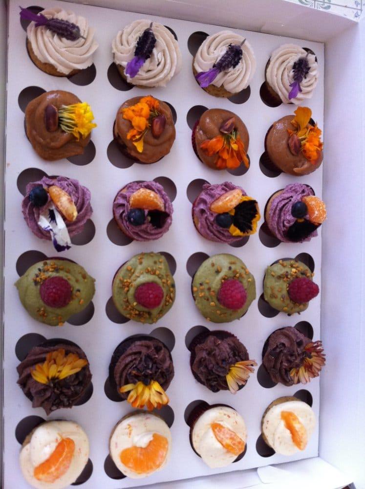 Bliss Cakes By Stephanie Sparkles