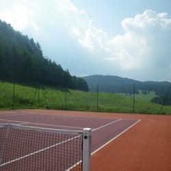 tennis du pré fillet en pleine campagne