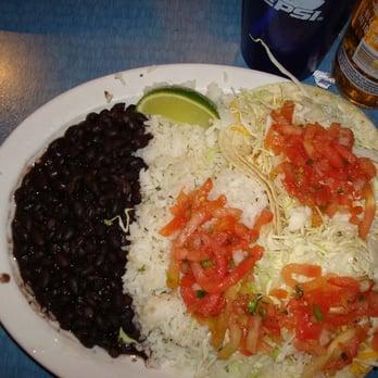 Wahoo s fish tacos closed 60 photos mexican for Fish taco menu