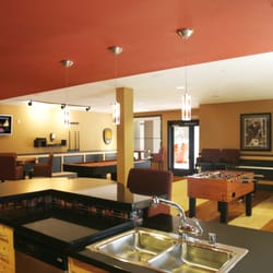 Warner Pointe Apartments Woodland Hills Ca
