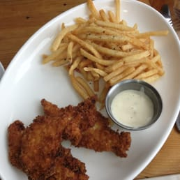 Allred's Restaurant - Telluride, CO, États-Unis. Kids chicken fingers and fries with ranch! So tasty