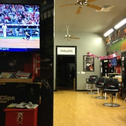 Sport Clips - Empty Sports Clips - Chino Hills, CA, United States