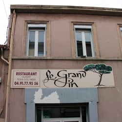 Restaurant le grand pin restaurants sainte anne for Restaurant le jardin marseille mazargues