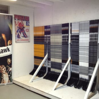 Tomahawk hockey pro shop laval qc yelp for Equipement restaurant laval