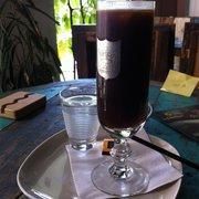 The ultimate Yelper's café glacé (look…
