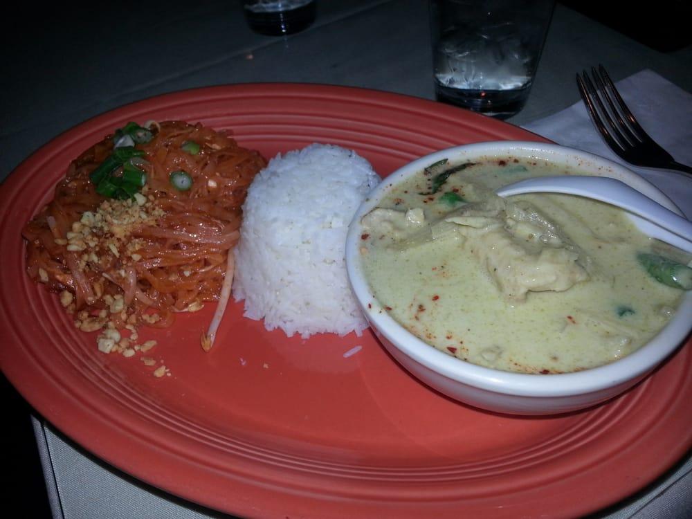 Thai Kitchen 23 Photos Thai Restaurants 11701 124th Ave Ne Kirkland Wa United States