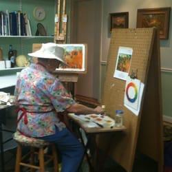 Austin Fine Art Classes - Austin, TX, États-Unis. Martha experimenting with palette knife painting