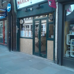 Front of Maries Cafe
