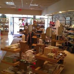 Cosmetics company store cheshire oaks