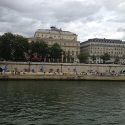 Paris Plages as viewed from the left…