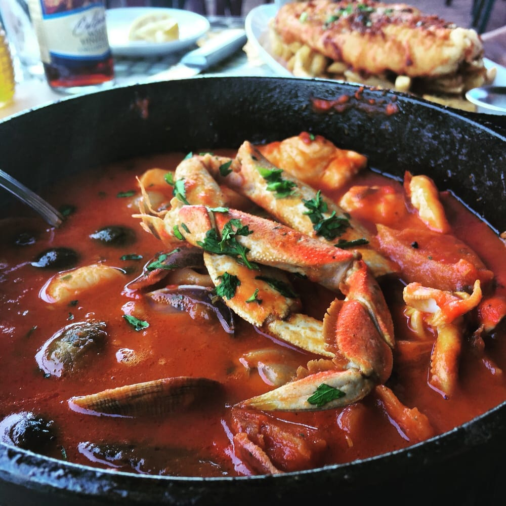 Dead fish stew now served in a skillet instead of for The dead fish crockett