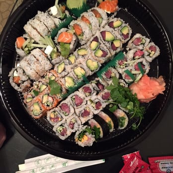 Lawrence fish market chicago il united states sushi for Lawrence fish market menu