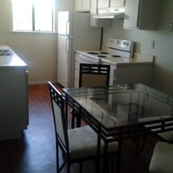 and dining room in 1 bedroom apartment fresno ca united states