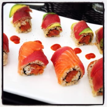 Nemo asian fusion sushi bar 33 photos asian fusion for Aligado asian cuisine
