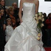 Brautmode von La Mariée