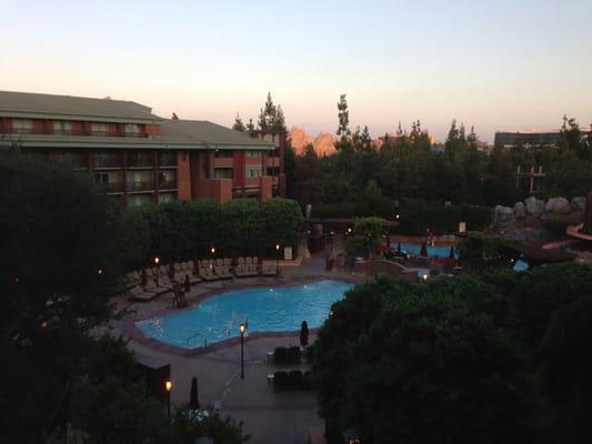 Disney Hotel Anaheim, CA - Holiday Inn Express & Suites