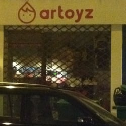 Artoyz, Paris