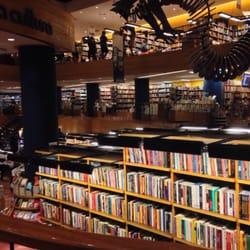 Vista da Livraria Cultura e seus andares…