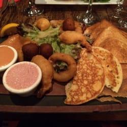 Café Roussillon - Paris, France. Plancha mer