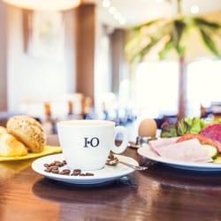 Frühstück täglich bis 22.00 Uhr
