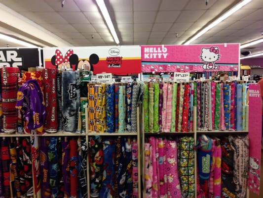 Jo ann fabric and craft fabric stores la verne ca yelp for Fabric outlet near me