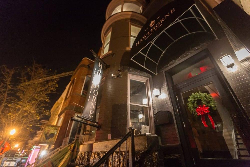 Hawthorne bars u street corridor washington dc for Furniture u street dc