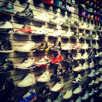 Flight Club - 30 Photos - Shoe Stores - Beverly Grove - Los Angeles ...
