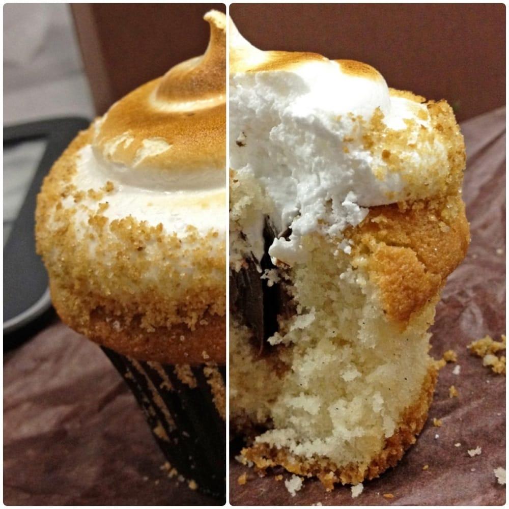 Chocolate-Filled Vanilla Marshmallows Recipe — Dishmaps
