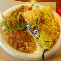 Pepe's Mexican Food - #15 Chili Relleno & hard taco plate with double rice. - Chino, CA, Vereinigte Staaten