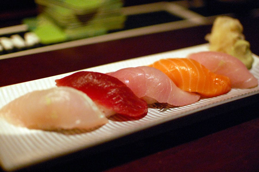 Sushi nigiri tuna salmon yellowtail nairagi and ono for Yellowtail fish sushi