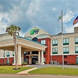 holiday inn express suites selma hotels selma al. Black Bedroom Furniture Sets. Home Design Ideas