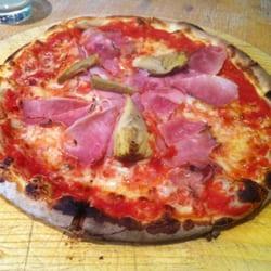 Pizza Contadina mit italienischem…