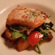 The Vineyard House - Santa Ynez, CA, États-Unis. Glazed salmon