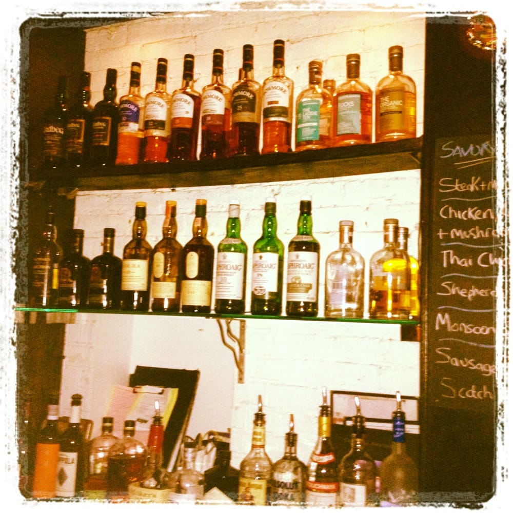 Scottish Pub Bar: O.jpg
