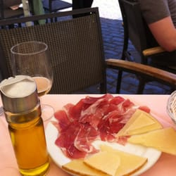 Jamon and a beer, perfection!