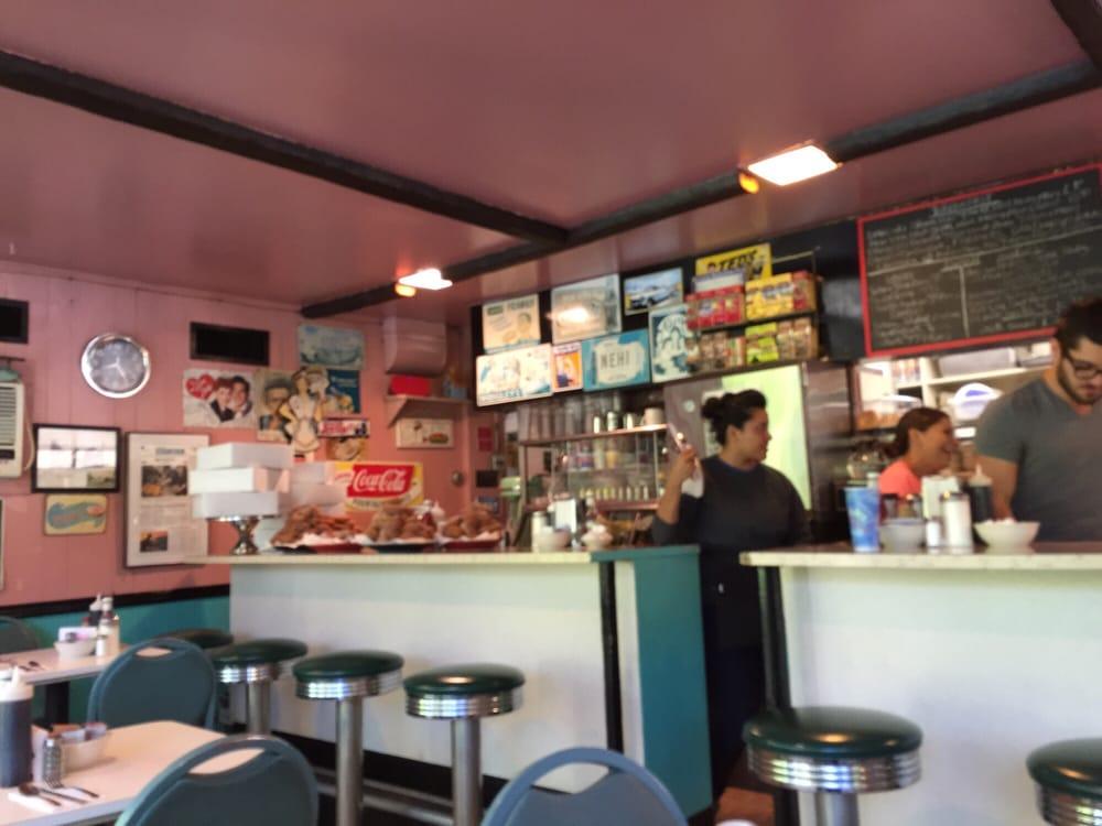 Lakeside diner 47 fotos diner stamford ct for Elite motors stamford ct