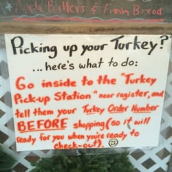 Wolff's Applehouse - Media, PA, États-Unis. They've got the whole turkey thing right.