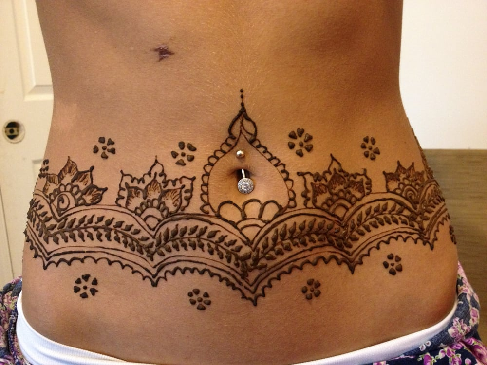 Henna Tattoo Covering The Whole Waist Before Going For