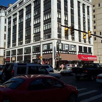Mezzanine Closed Furniture Stores Downtown Detroit Detroit Mi United States Reviews