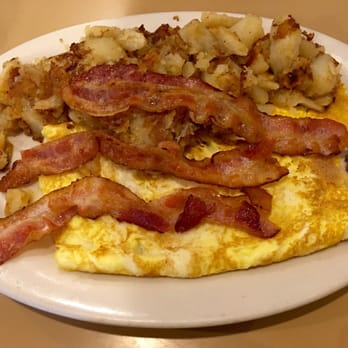 Bacon And Fried Potato Omelette Recipe — Dishmaps