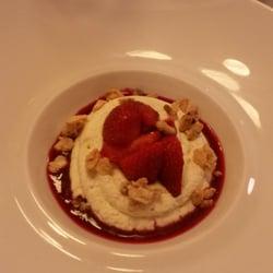 La Régalade - Paris, France. dessert rhubarbe et fruits rouges